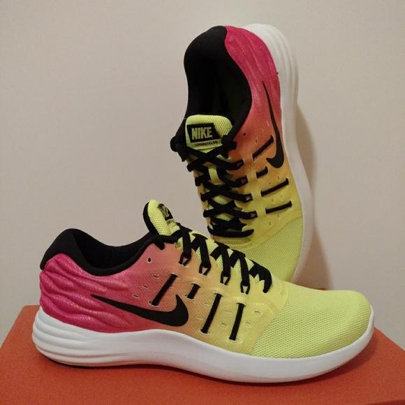 NWT Nike Lunarstelos OC Running Shoes f0c9ba21b6